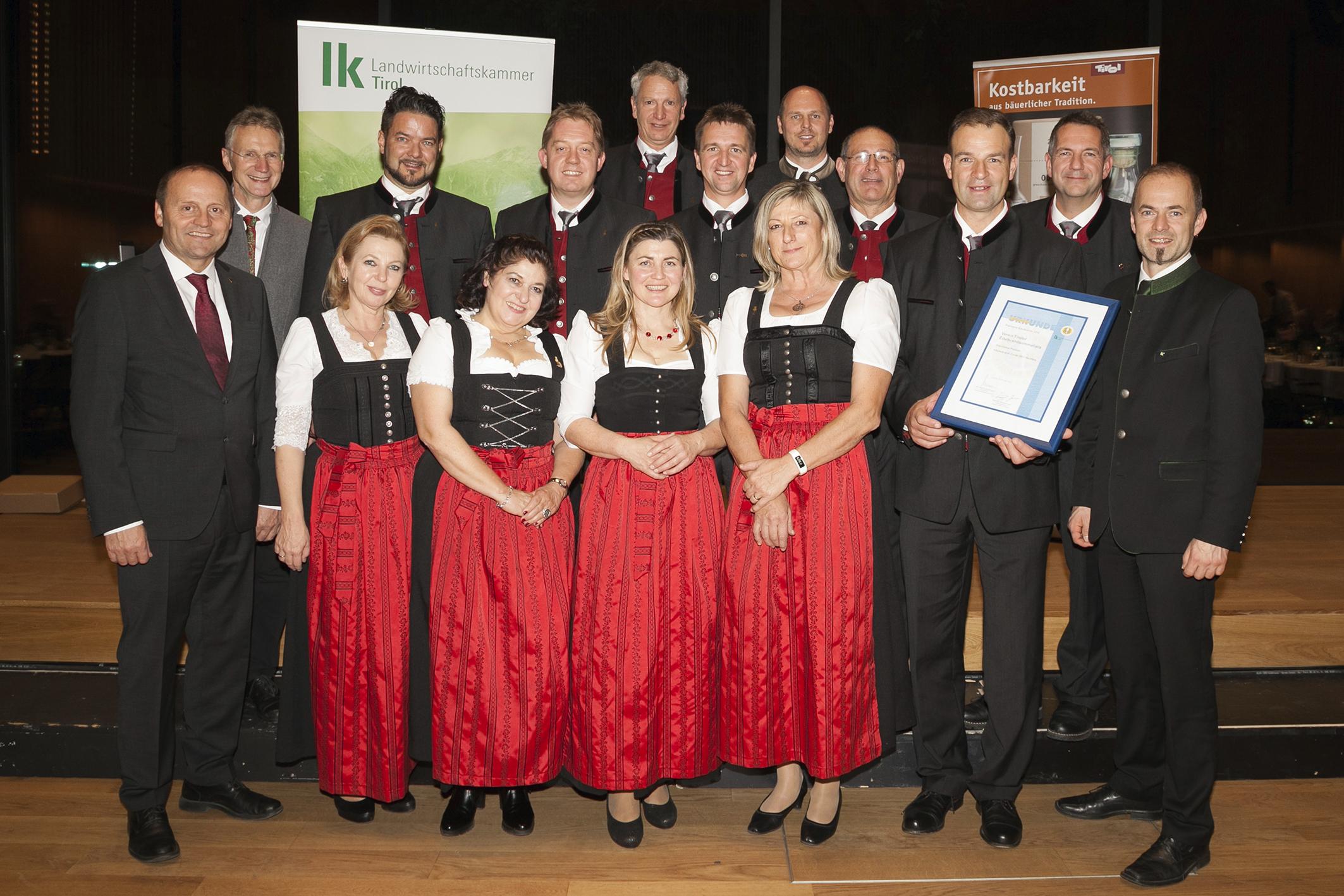 Edelbrandsommeliers Tirol (c) Die Fotografen